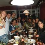 Internationales Abendessen mit allen Teilnehmern